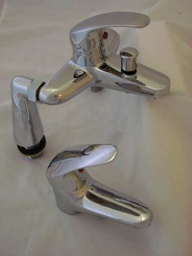 BATH SHOWER & BASIN MIXER TAPS SET