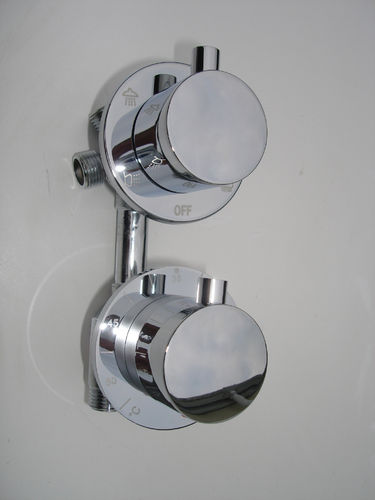 Thermostatic Shower Mixer Valve (4 way)