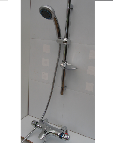 Deck Mounted Thermostatic Bath/Shower Taps & Rail, Multi-Spray Head & Hose