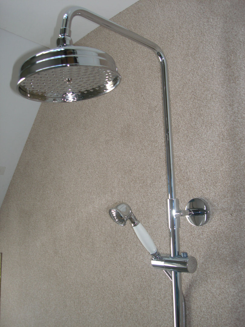 Victorian Wall Mounted Bath Mixer Taps Riser Rain Head